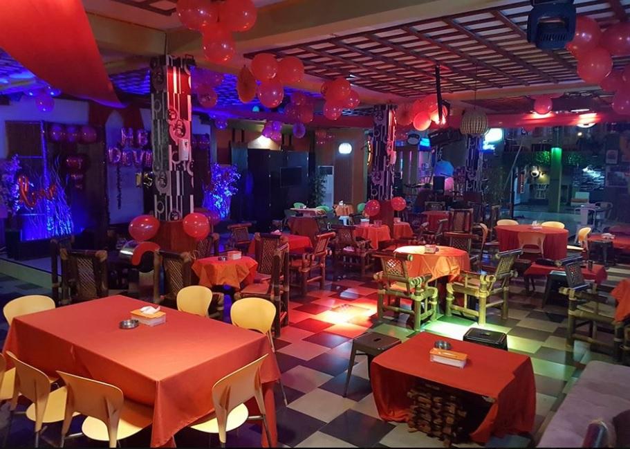 Falcao Cafe & Family Karaoke