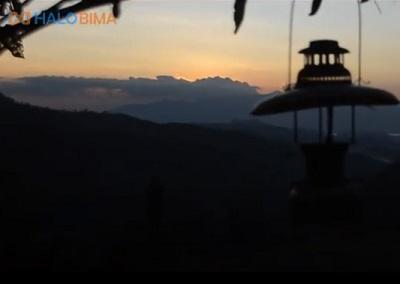 Bukit Campa Pili dan Gua Tersembunyi di Wawo Bima NTB
